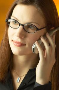 Bewerber am Telefon führt Vorgespräch